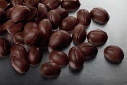 Темное кондитерское украшение кофейное зерно