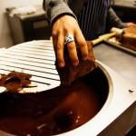 У нас в стране резко снизилось изготовление шоколадных изделий