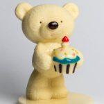 Мишка с тортом